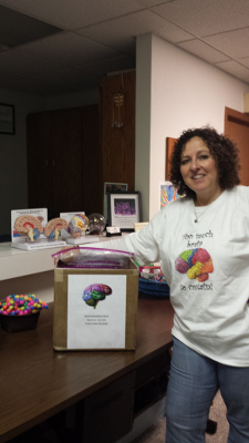 Distributing free brain materials to the public by the American Indian Council on Alcoholism in Milwaukee, USA