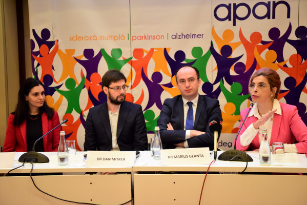 The panel at a conference organized by the Association of Patients with Neurodegenerative Conditions in Romania