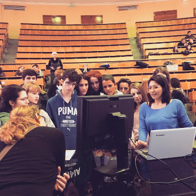 Students participate in an activity organized by Associazione Adamas Scienza in Italy