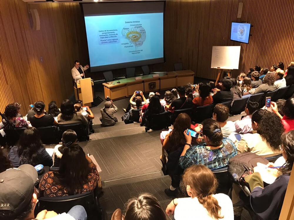 A presentation organized by the Departamento de Fisiología, Facultad de Medicina, UNAM in Mexico.