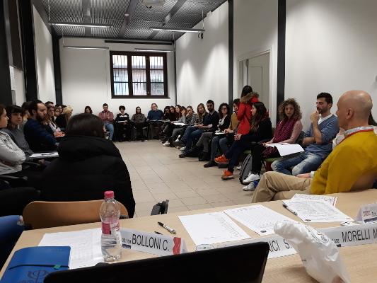 A presentation organized by Dr.ssa Corinna Bolloni and Dr.ssa Majla Trovato in Perugia, Italy