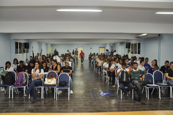 The audience at a presentation by Faculdade Maurício de Nassau - Caruaru in Brazil