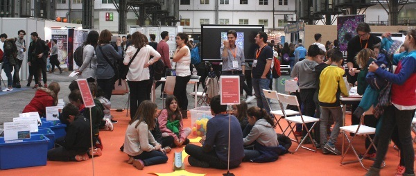 Children engage in brain activities at an event organized by Institut de Neurociències de la Universitat Autònoma de Barcelona in Spain