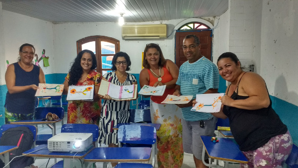 Neuron drawings at an event organized by the Instituto Neurointegra in Brazil