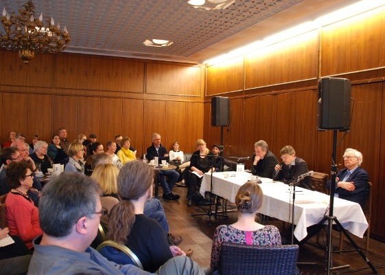Panel discussion organized by Kortizes - Institut für populärwissenschaftlichen Diskurs in Germany