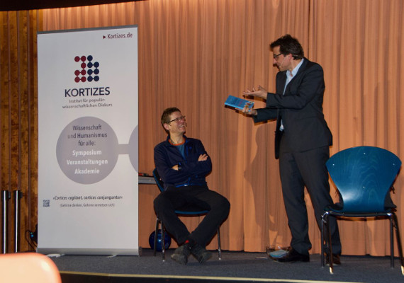 Science Meets Comedy, a presentation organized by Kortizes - Institut für populärwissenschaftlichen Diskurs in Germany