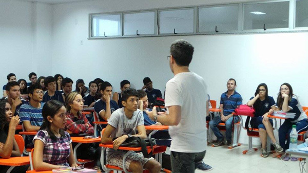Brain Awareness Week presentation by the Scientist Aimers Group in Brazil