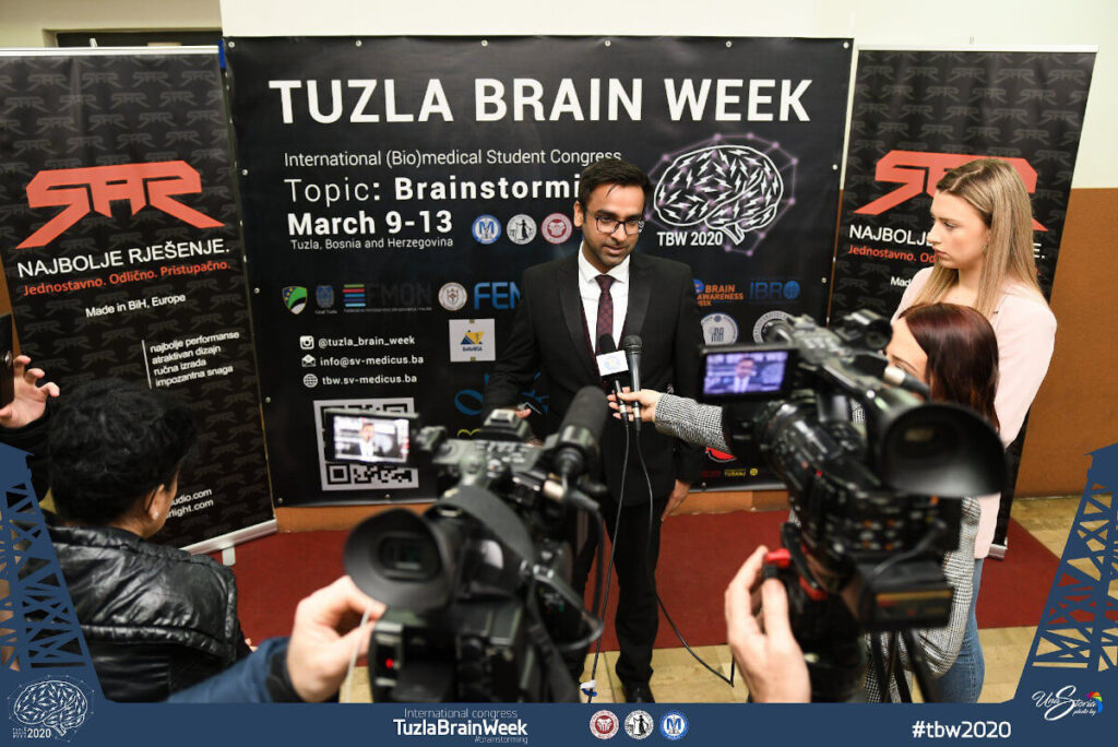 "Lecturer Dr.Ali Jawaid, MD, PhD; UZH Brain Research Institute, Zurich, gave a didactic and interactive plenary lecture for students and future doctors at an event organized by the Student Council ""MEDICUS"" Medical Faculty Tuzla, in Bosnia and Herzegovina."