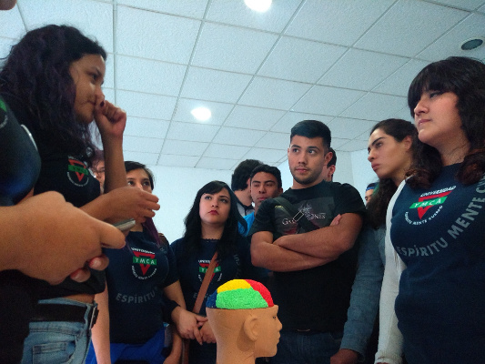Learning about the brain during an event organized by YMCA in Mexico City
